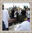 Ukladanie do hrobu v Trstenej