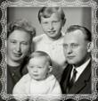 Rodinka Vladimíra Trstenského v roku 1964 s manželkou Etelou a dcérky Viera a Dašena