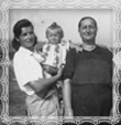 Dcéry Márie Kohútovej rod. Trstenská nar.1903, Johana a Žofia, fotografia asi 1950